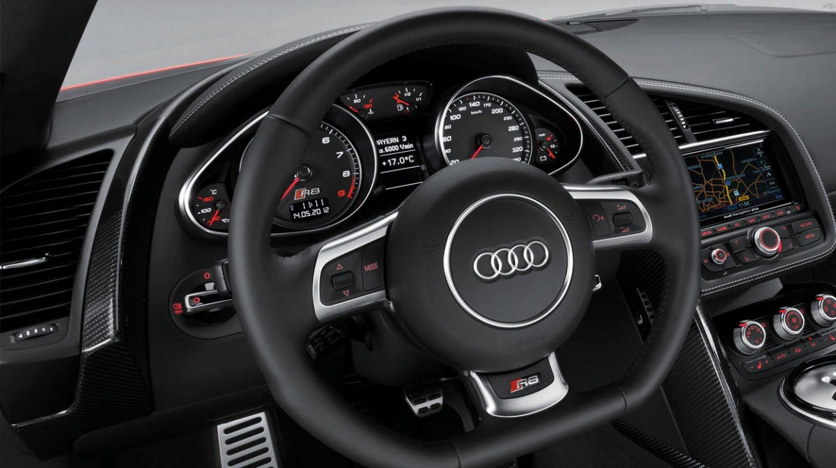 Audi R8 V8 Spyder car hire interior
