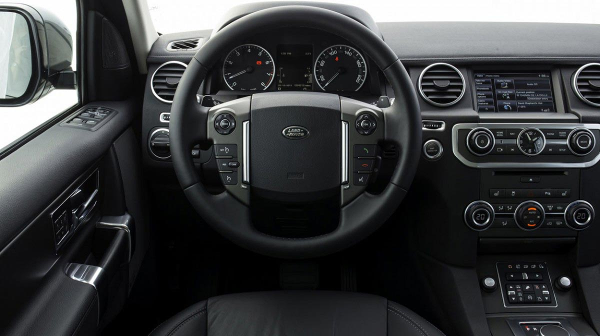 Land Rover Discovery car hire interior