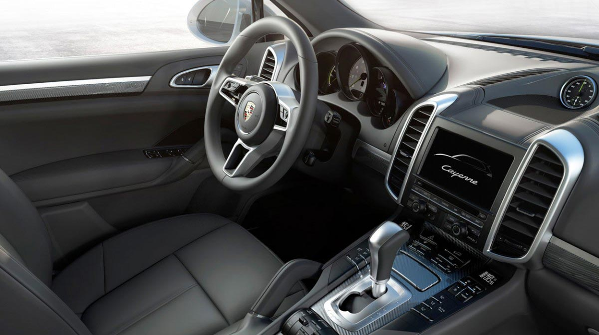 Porsche Cayenne S car hire interior